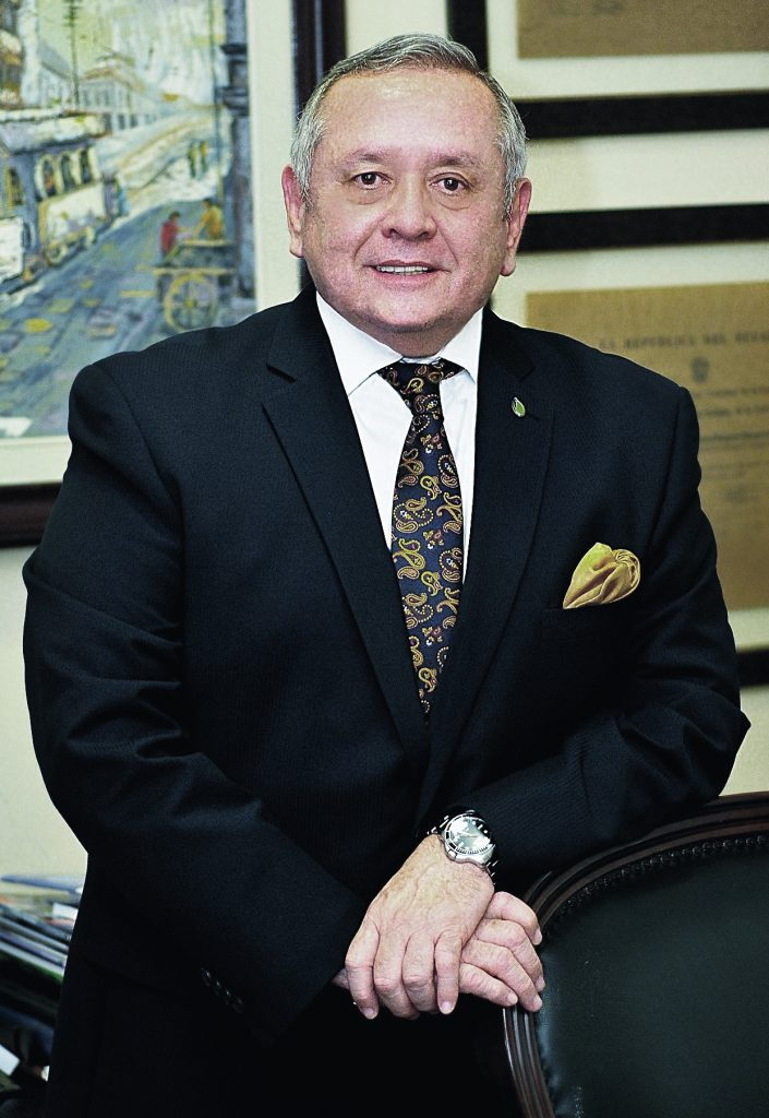 Dr. Roberto Passailaigue Baquerizo, Ph.D Ecomundo Guayaquil